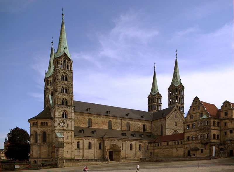 800px-Bamberger_Dom_BW_6