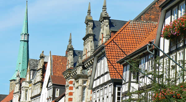 Hamelin-Hameln-Bassa-Sassonia-Germania.-Author-Diek-Schaefer.-Licensed-under-the-Creative-Commons-Attribution-600x330