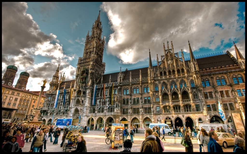 munich-wallpaper-landscape-marienplatz